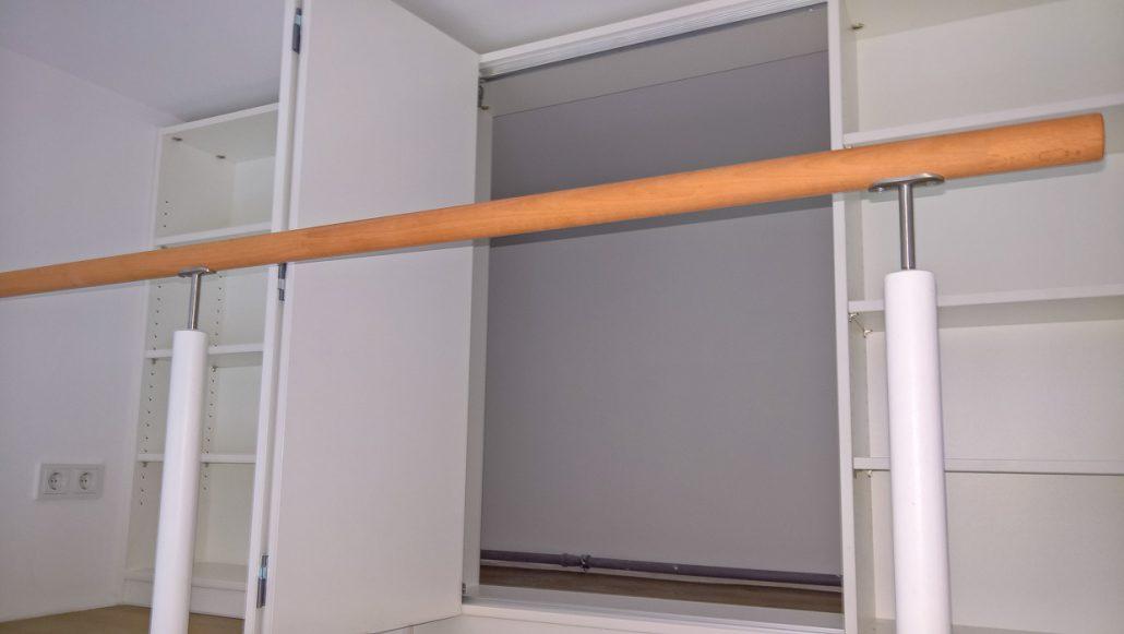 gallerie-schrank als raumteiler – gruner2